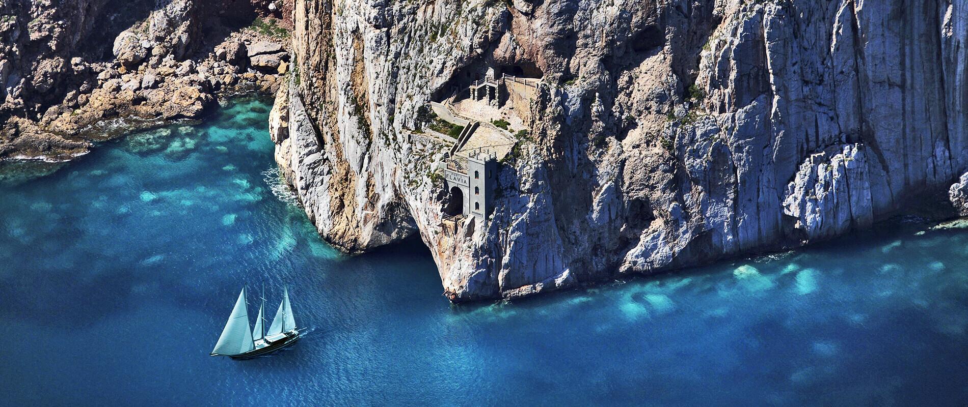 Porto Flavia, un'opera ingegnosa dal panorama mozzafiato